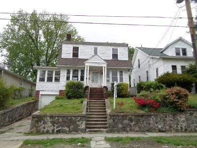 3 Bed 1 Bath Foreclosure Property in Waterbury, CT 06705 - Beecher Ave