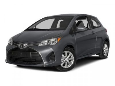 2015 Toyota Yaris 3-Door L (Silver)