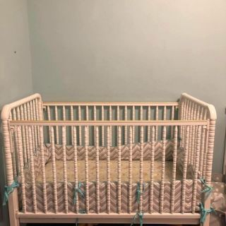 Bed & Changing table