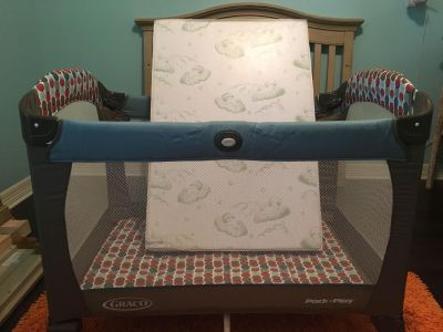 Graco pack n play and mattress