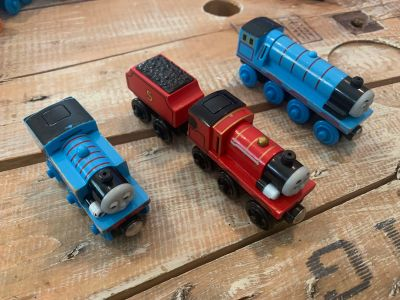 Lot of 3 Lights and Sounds or Talking Thomas the Train Engines {Talking Gordon, lights and sound Thomas and James) see pics!