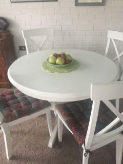 Kitchen or dining room table and chairs with cushions