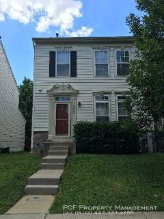 Beautiful 3BD 2 full/2 half bath town home in Waverly Woods
