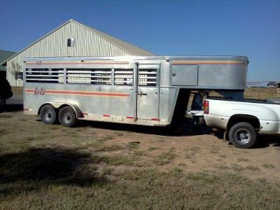 2000 Turnbow Horse Trailer