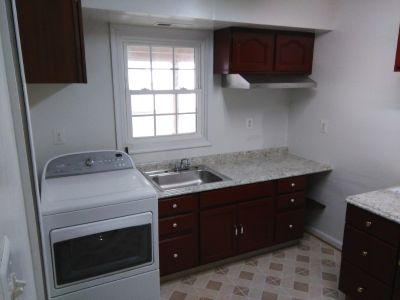 2bedroom+kitchen basement
