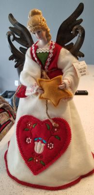 New with tags Angel topper Jcpenney original Tag of $39.99+Tax
