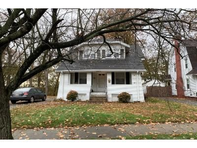 3 Bed 1 Bath Preforeclosure Property in Longmeadow, MA 01106 - Riverview Ave