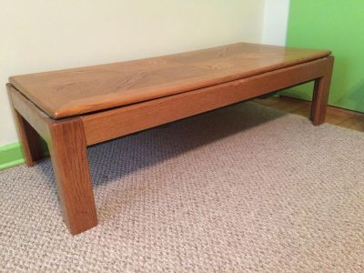 Coffee table solid oak with birch bottom