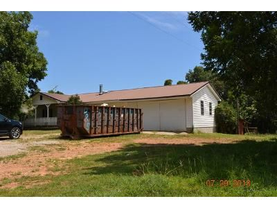 3 Bed 2.0 Bath Foreclosure Property in Roopville, GA 30170 - Alabama Rd