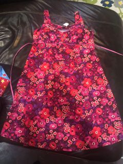 FREE maternity clothes size M
