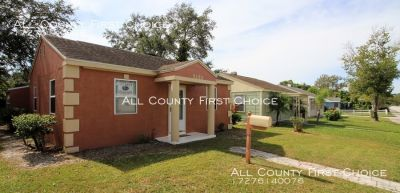 3 bedroom home  with alley access