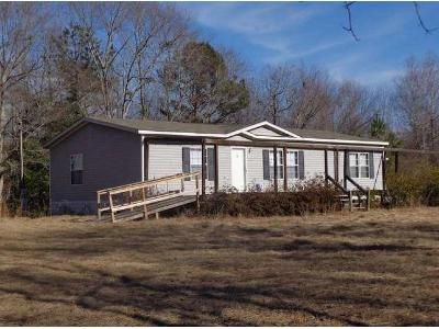 3 Bed 2 Bath Foreclosure Property in Marbury, AL 36051 - C R 505