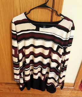 Women's New With Tags Alfani Brand Plus Size 1X Black, Tan and Maroon Abstract Pattern Long Sleeve $15 Firm