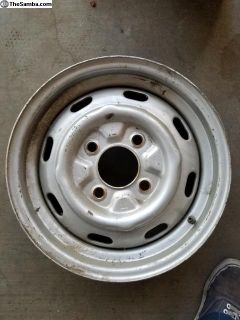 1-4 lug rim dated 1-71 lemmers