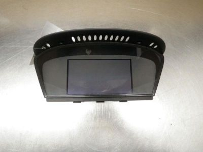 Purchase 04 05 06 07 BMW 525 SERIES DISPLAY SCREEN OEM 0800061 motorcycle in Pittsburgh, Pennsylvania, US, for US $65.00