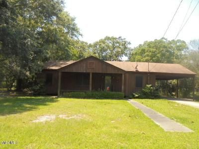 3 Bed 2 Bath Foreclosure Property in Pascagoula, MS 39567 - 10th St