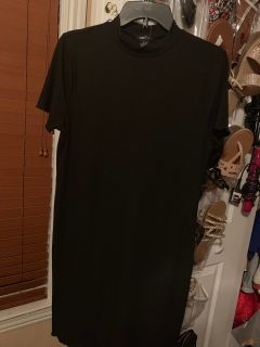 NW TBlack lettuce cut ribbed dress
