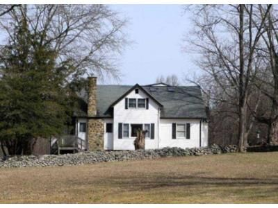 4 Bed 1.5 Bath Foreclosure Property in Chester, NY 10918 - Bull Mine Rd