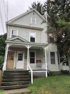 23 Hickok Place Burlington Five BR, This large Victorian style