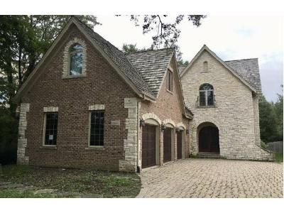 5 Bed 4.5 Bath Foreclosure Property in Northbrook, IL 60062 - Keystone Rd
