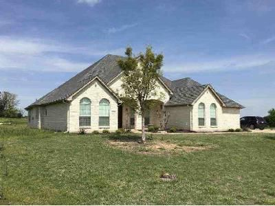 4 Bed 3.5 Bath Foreclosure Property in Cleburne, TX 76033 - Muirfield Dr