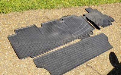 Honda Odyssey rubber floor mats (2011-17)