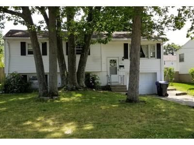 3 Bed 2 Bath Preforeclosure Property in North Providence, RI 02911 - Stella Dr
