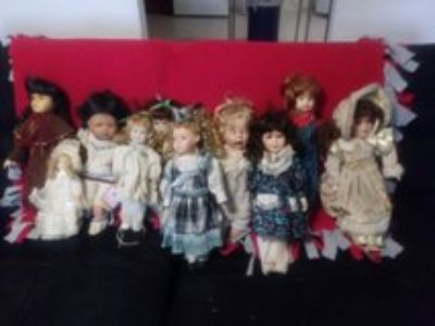 (10) very old proclain dolls