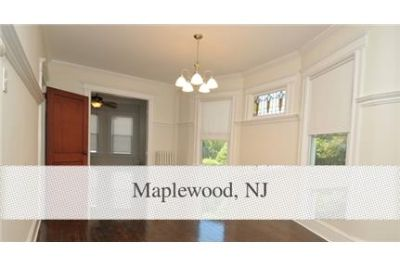 2 bedrooms Apartment - Steps from Jitney stop for Maplewood's train station. Single Car Garage!