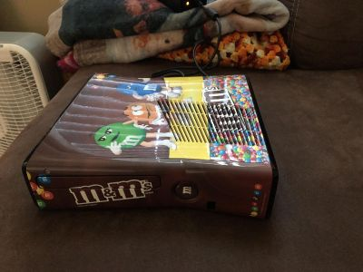 Limited edition m&m Xbox 360