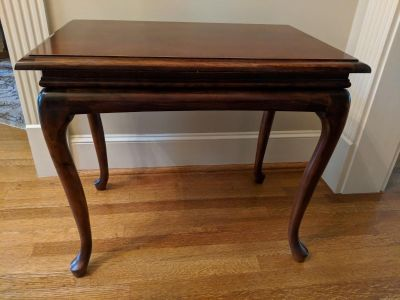Victorian Style End Table