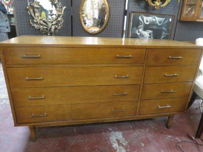 SALE! Vintage Mid century credenza/ dresser