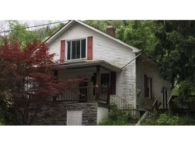 2 Bed 1.0 Bath Preforeclosure Property in North Bend, OH 45052 - Miamiview Rd