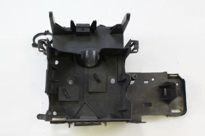 Purchase 2002 - 2006 CADILLAC ESCALADE BATTERY TRAY HOLDER MOUNT SHIELD OEM motorcycle in Traverse City, Michigan, United States, for US $35.99