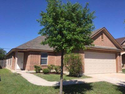 $1490 3 apartment in NW San Antonio