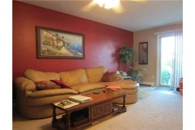 Beautiful Levittown Condo for rent