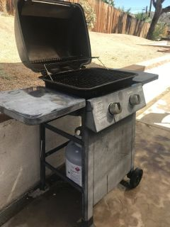 BBQ Outdoor Grill & Propane Tank