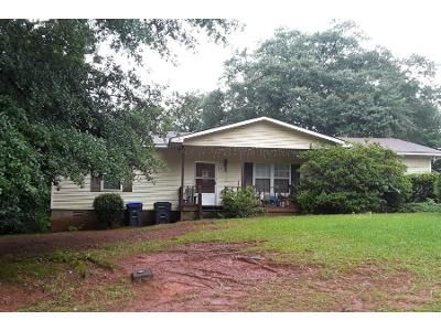 1.0 Bath Preforeclosure Property in Jefferson, GA 30549 - Georgia Belle Dr