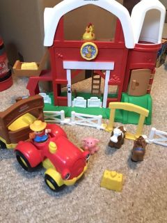 Fisher Price Little People Farm and tractor