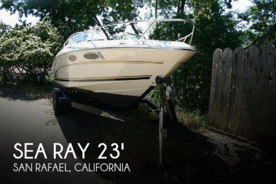 2001 Sea Ray 230 Overnighter