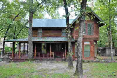 19833 Cr 4307 Larue Three BR, Log cabin living just minutes from