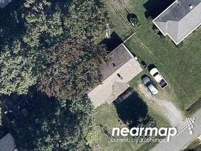 2 Bed 1.0 Bath Foreclosure Property in Charlotte, NC 28269 - Northside Rd