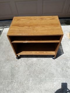 "Small TV Stand 16""x21""x25"""