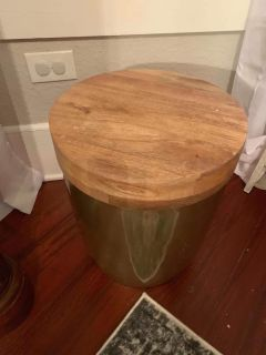 Gold/wood storage side table