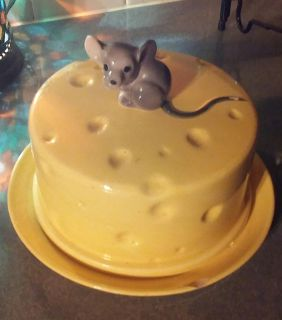 ANTIQUE MOUSE CHEESE DISH