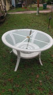 """Patio table 49 1/2""""D. Great condition."""