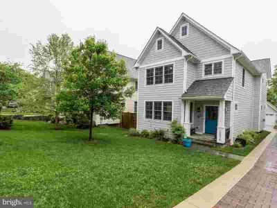 1007a Lincoln Ave Falls Church Five BR, 1007 A Lincoln Avenue is