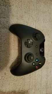 Standard Xbox one controller