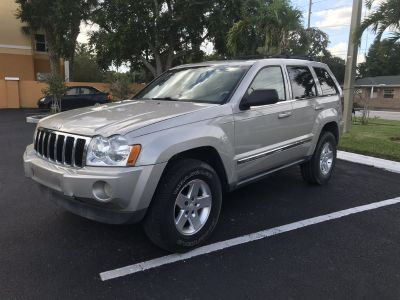2007 Jeep Grand Cherokee Limited (Gray)