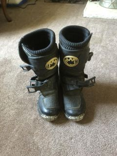 Motorcycle riding boots kids size 13